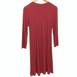 American Eagle Outfitters Dresses - American Eagle Soft & Sexy Maroon Swing Dress Sz S